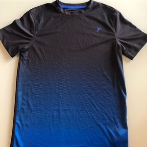 OLD NAVY ACTIVE Go-Dry Dri-Fit Short Sleeve